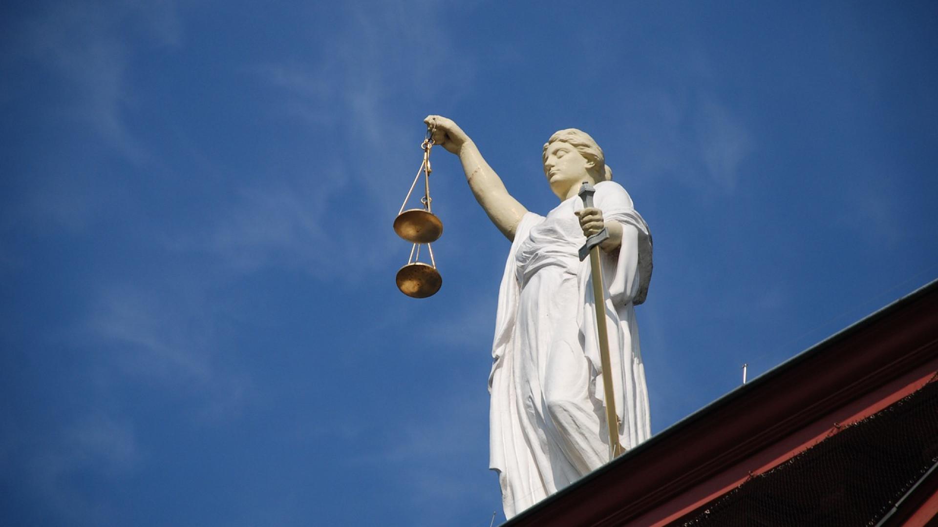 Les futurs avocats peuvent se préparer pour réussir leur examen