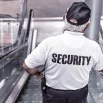 Quelles sont les qualités que doit avoir un gardien d'immeuble?